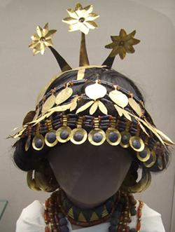 女王「シュブ・アド」の冠